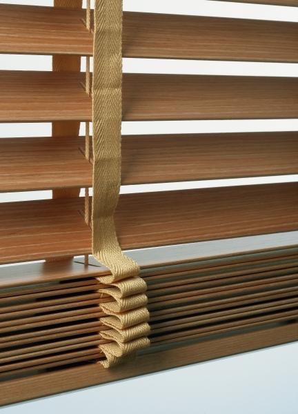 persiana-madeira-3__16046_zoom